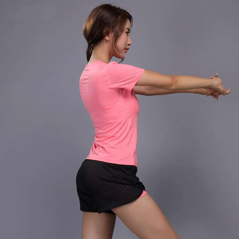 New Women Yoga Set Girl Fitness Running Shirt And Shorts Quick Dry Breathable Gym Workout Clothing 4